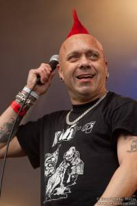 18:10 - The Exploited - The Exploited