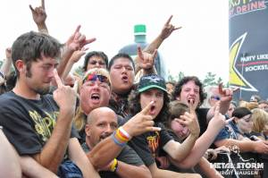 Whitechapel at Rockstar Mayhem Festival 2012 - Crowd insane !!!