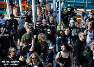 Impressions/Fans Barge To Hell 2012 - Fans at Barge To Hell 2012