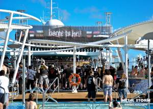 Sacred Reich - Sacred Reich Barge To Hell 2012 - Pool Deck