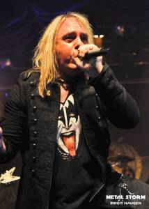 Helloween - Helloween at 70000 Tons Of Metal Cruise 2013 - Chorus Line Theater